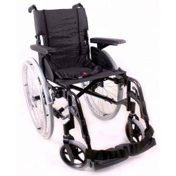 Облегченная инвалидная коляска Invacare Action 2 NG